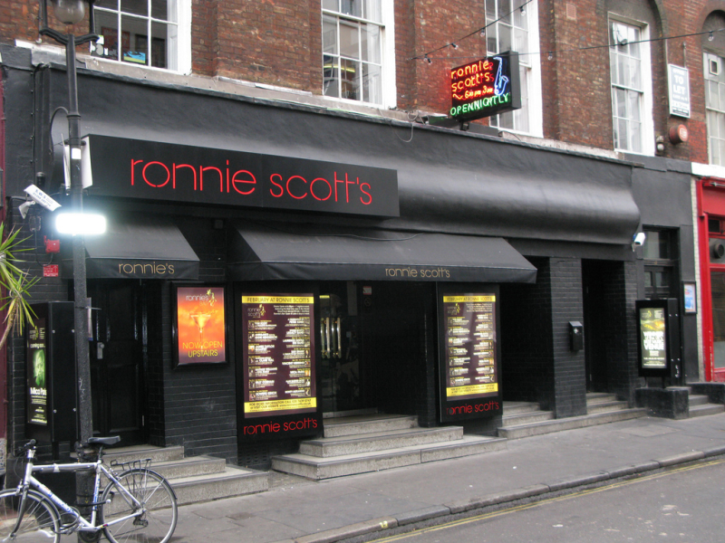 I've been an independent artist since 2001 and a recurring resident at Ronnie Scott's since 2006.