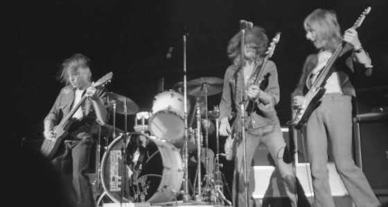 Humble Pie Performance Rockin the Fillmore 1.j