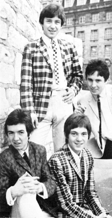 small faces 211988173436710 1896634755932225536 n