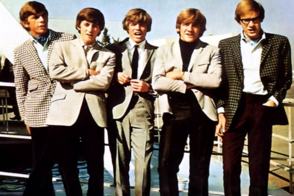 A Short Biog of Herman's Hermits on ZANI