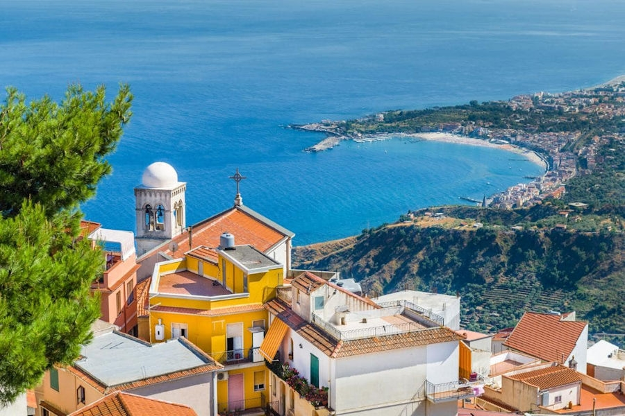 Holiday Vibe - Top Places to Visit in Sicily